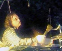 Bouchaux Carl (batterie, percussions)