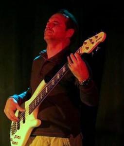 Travere Jaël (basse)